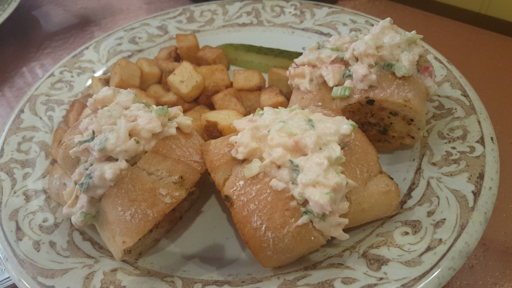Lobster and shrimp roll sliders