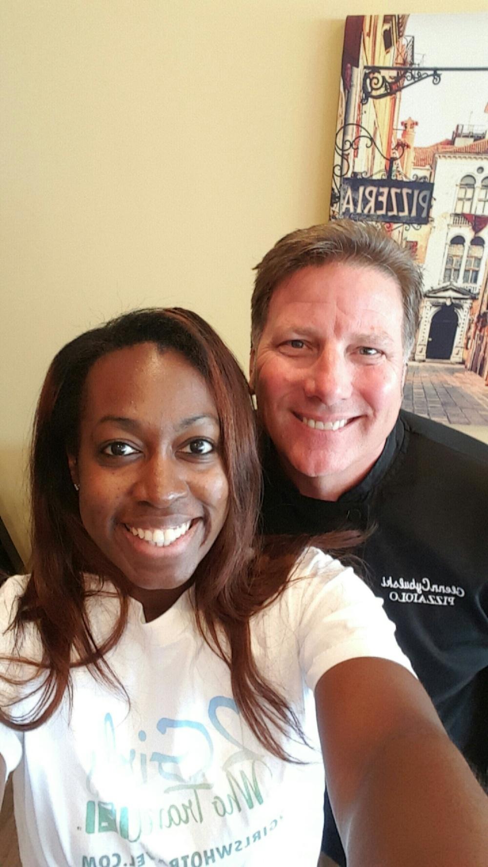 Val takes a selfie with Chef Glenn