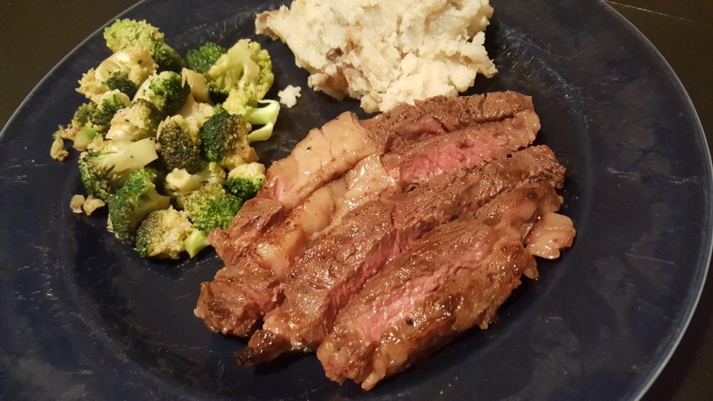 Seared Steak with Garlic Mashed Potatoes & Sauteed Broccoli